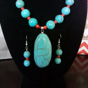 Jewelry - Turquoise and Red Necklace/Earring Set 💎